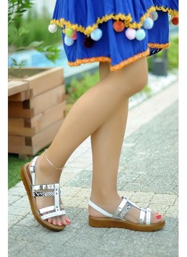 Pembe Potin A8090-19 Kadın Ayakkabı Beyaz